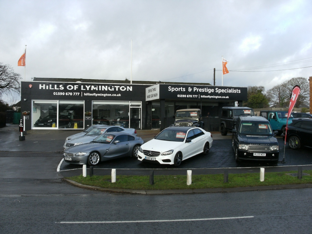 RETAIL CAR SALES SITE IN LYMINGTON