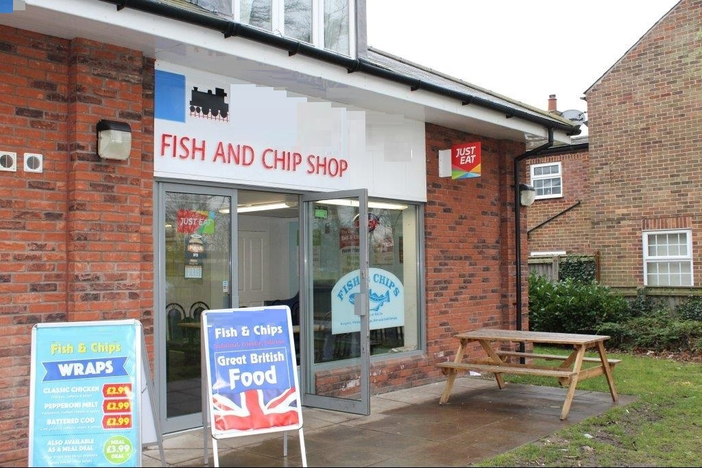 Fish And Chip Shop with 2 Bedroom Accomodation- King's Lynn