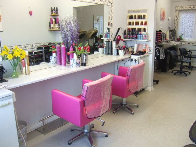 LONG ESTABLISHED & WELL REGARDED HAIR SALON IN WELL POPULATED RESIDENTIAL AREA OF BEXHILL