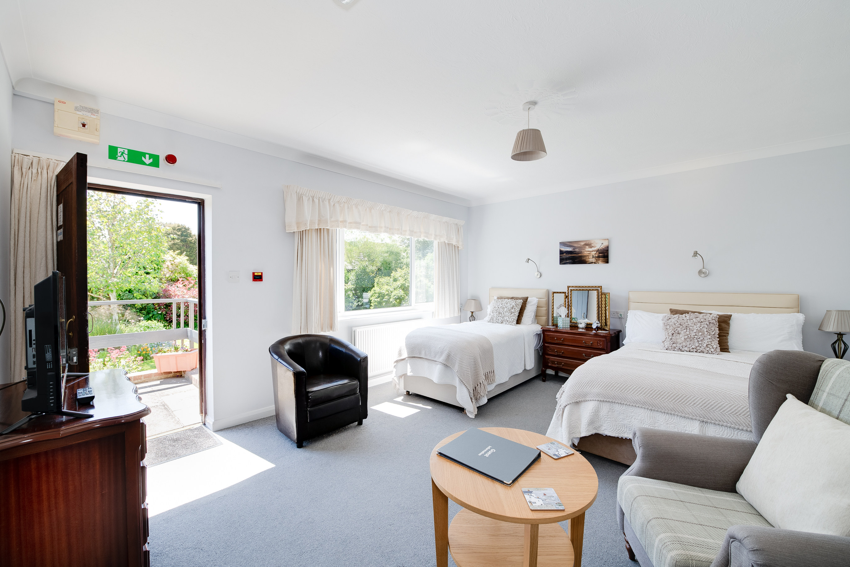 10 Bed Guest House – Chichester